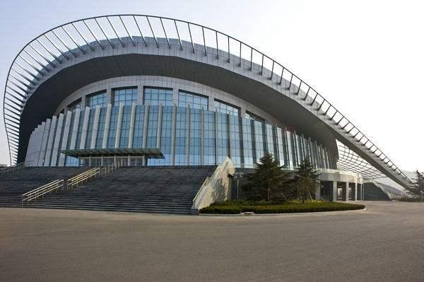 广州钢结构体育馆